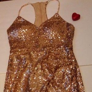 Dresses & Skirts - B. Smart gold sequin Deep v dress